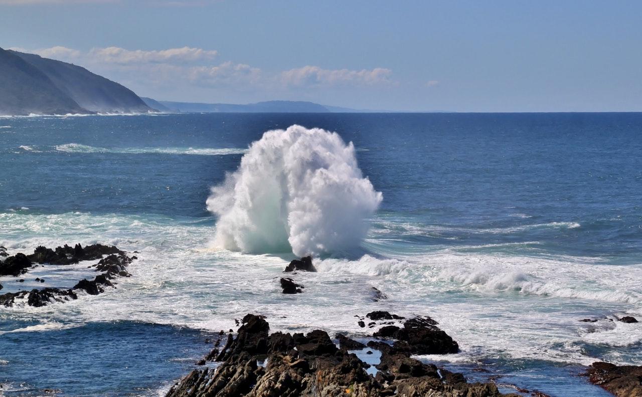 sea-wave-beach-water-46206 (1)